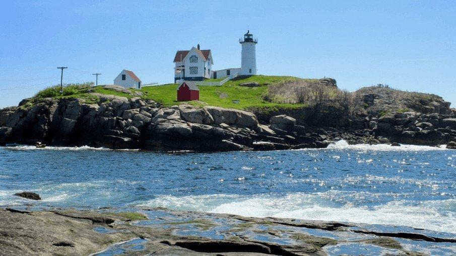Nubble Lighthouse - Simply Nel Belle Blog