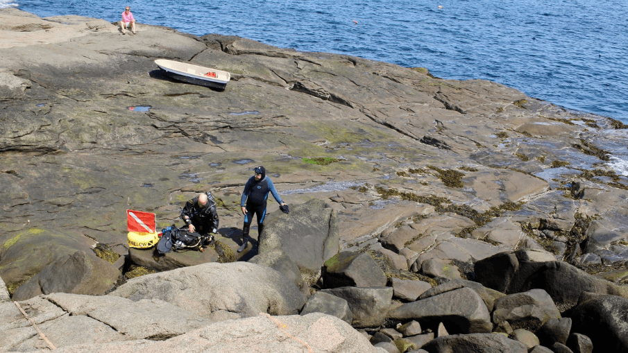 Scuba Divers - York, Maine - Nubble Lighthouse - Simply Nel Belle Blog