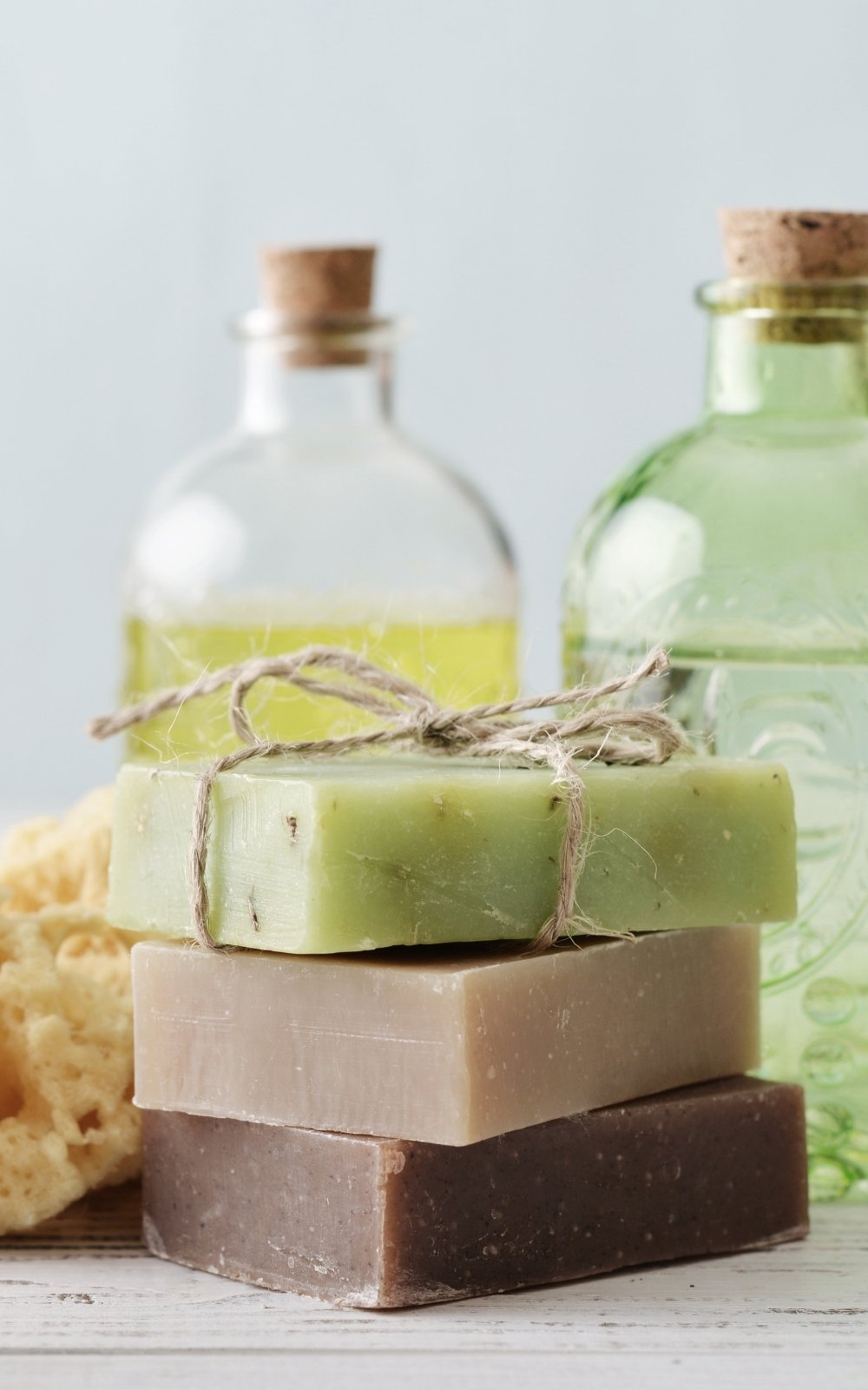 Natural beauty products, clean beauty products, featured image